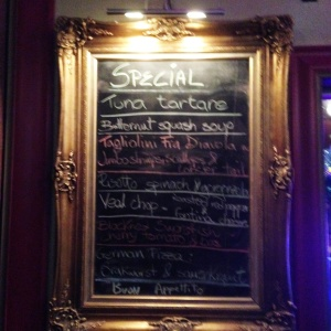 Even the specials chalkboard at this place has fabulous flair.  It's like walking into a party of colorful, flamboyant friends who want you to be happy.  Isn't that last part what makes a good restaurant great?