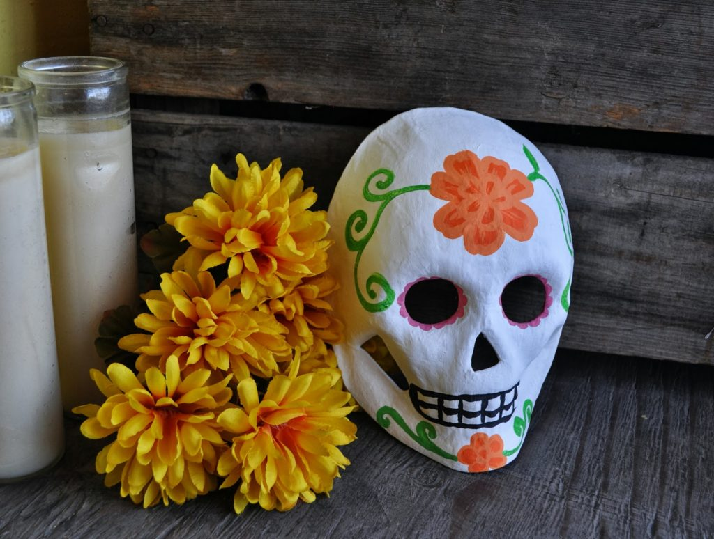 Day of the Dead Art, Crafts, Decor and Free Printables 1