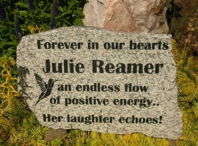 large engraved granite stone memorial 1399341895