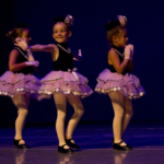 3girls_dancing