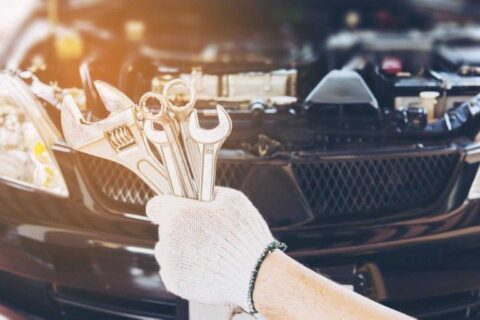 Tips to Handle a Car Breakdown