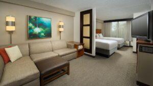 Hyatt-Place-San-Antonio-Northwest-Medical-Center-P002-Dbl.16x9