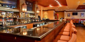 holiday-inn-hotel-and-suites-houston-4610412755-2x1
