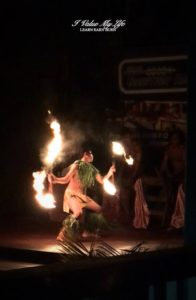 young Samoan fire-knife