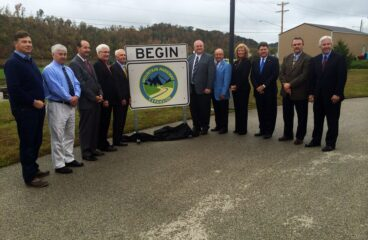 Gov. Beshear, Eastern Kentucky leaders announce start of construction on Mountain Parkway Expansion