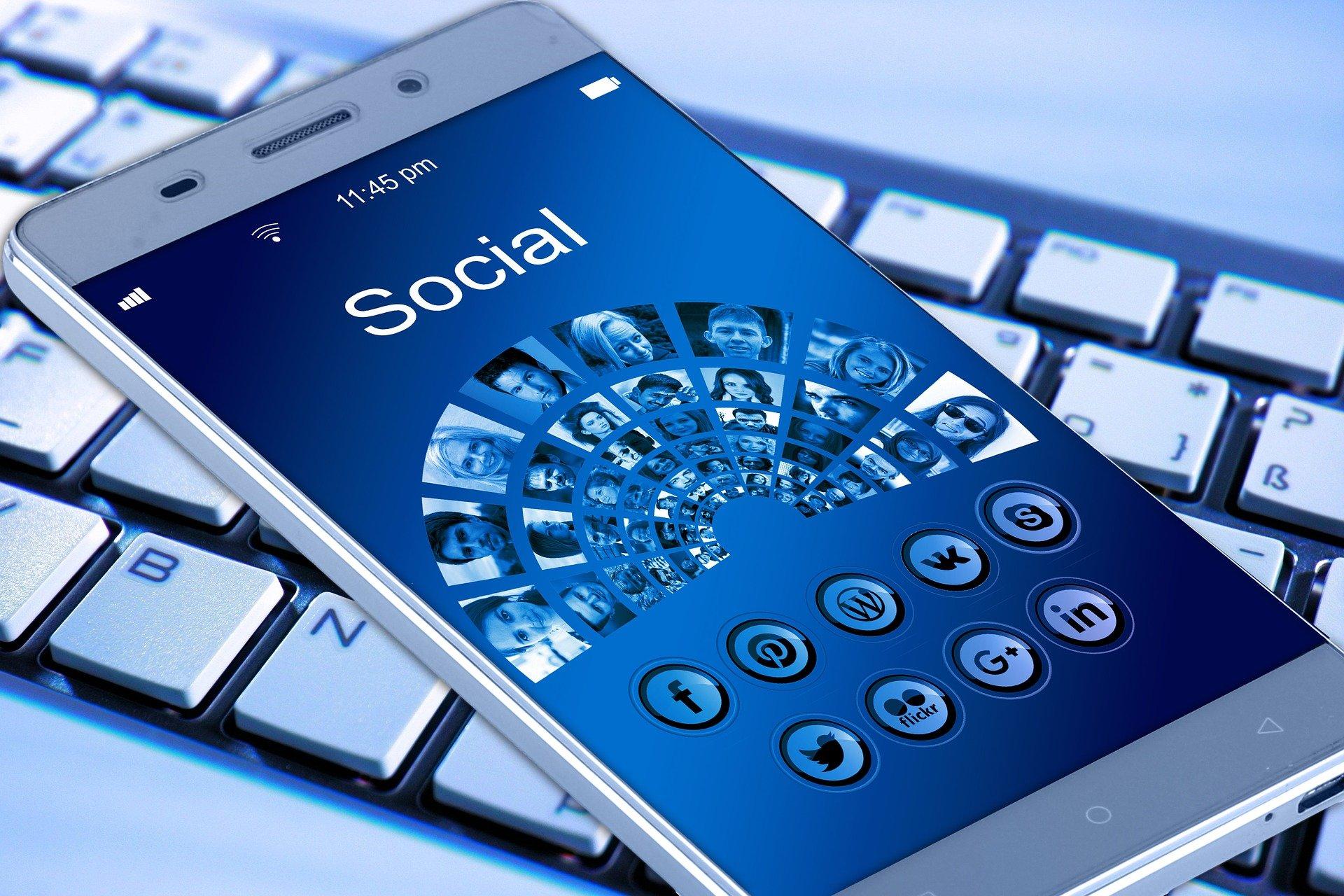 Redes sociales, Celular, Internet, Movil