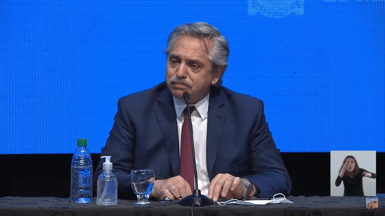 Alberto Fernández extensión Aislamiento Social
