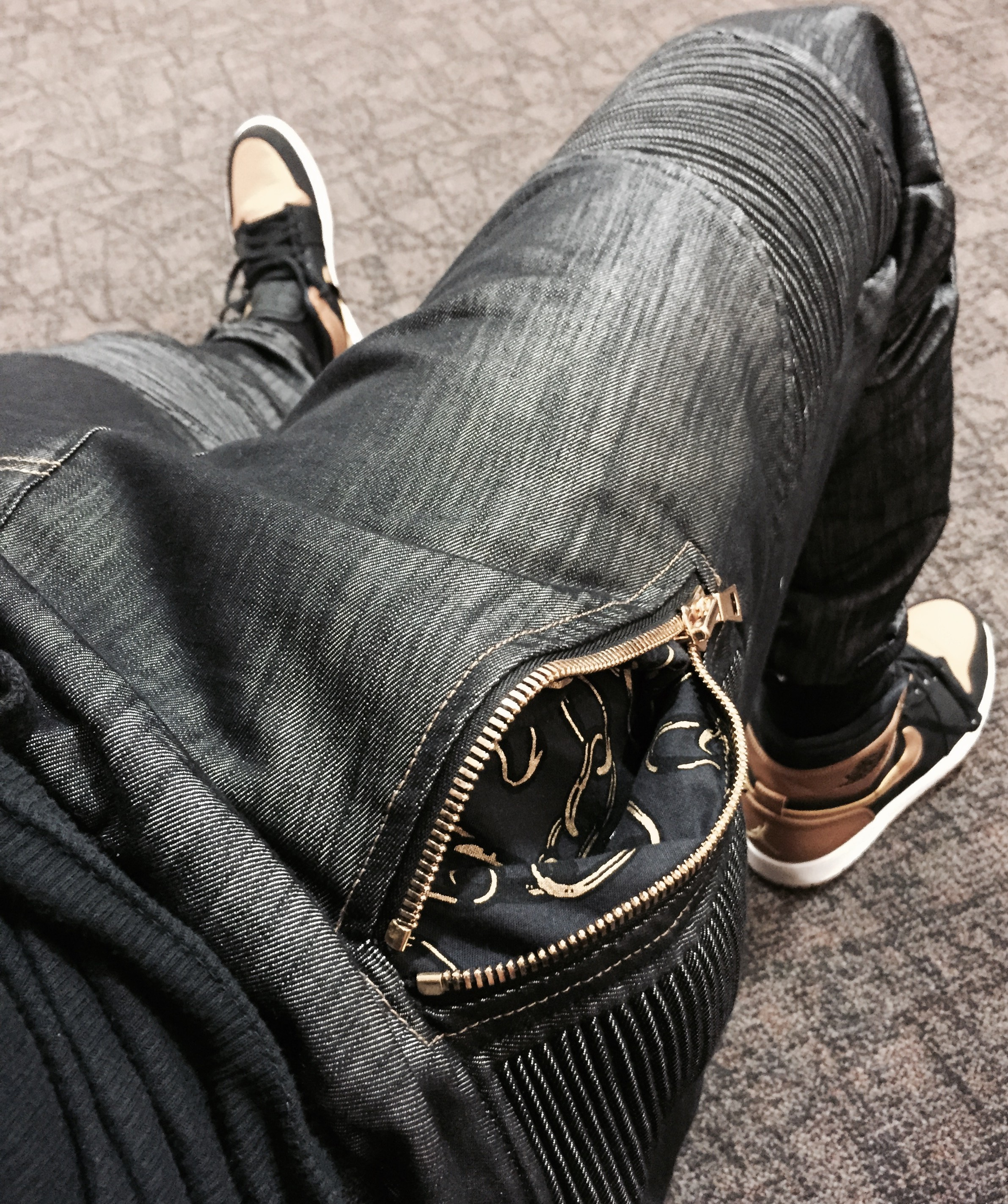 PREMIUM DENIM JOGGERS/TAPERED JEANS – CHAINGANG OFFICIAL
