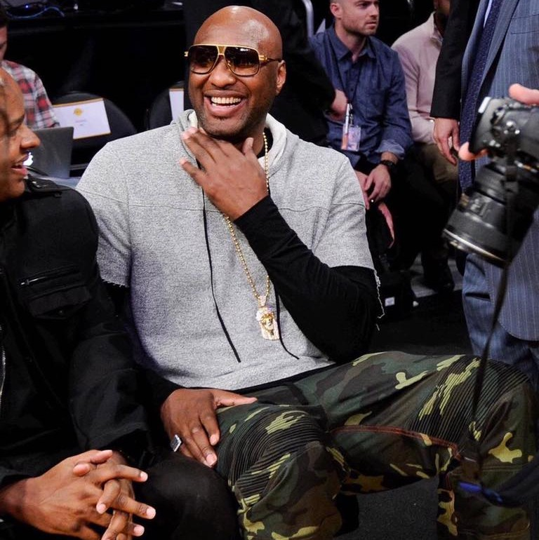Lamar Odom Back in the Public Eye, Rockin Feelgood Joggers!