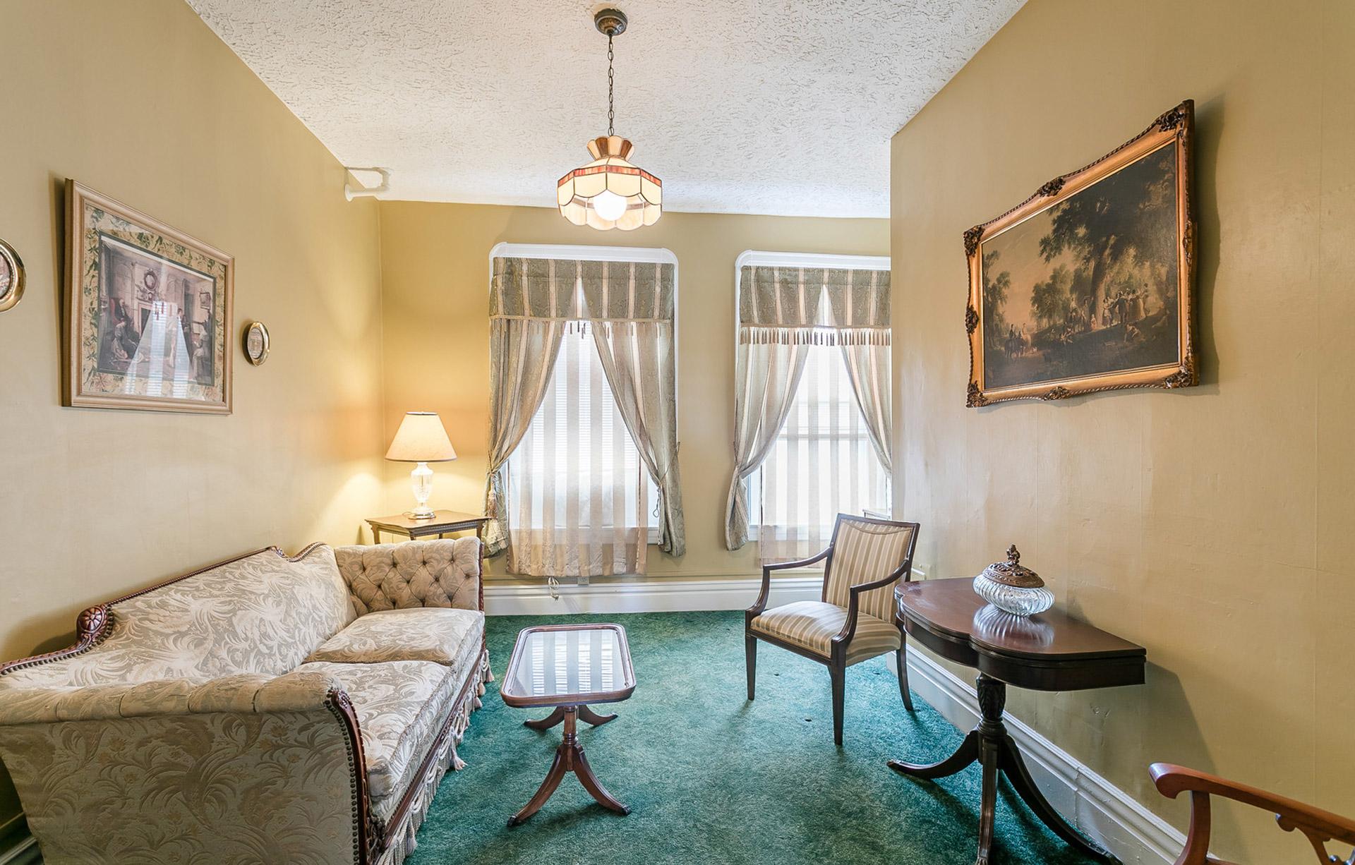 Niagara Suite