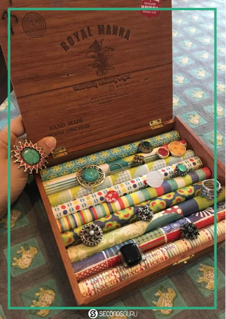 Repurpose old cigar boxes into ring holders. Perfectly paired for vintage jewelry!