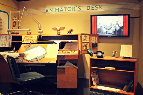 Museum of Science & Industry Disney Desk