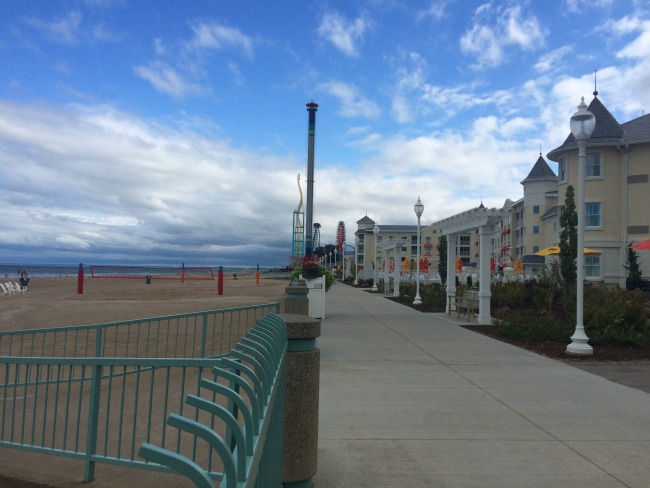 Hotel Breakers Beach and Boardwalk