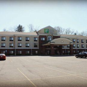 Holiday Inn Express & Suites ~ Zanesville North, Ohio