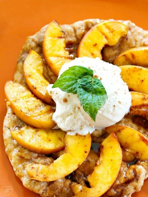 Grilled-peach-dessert-pizza-youve-got-to-try-this
