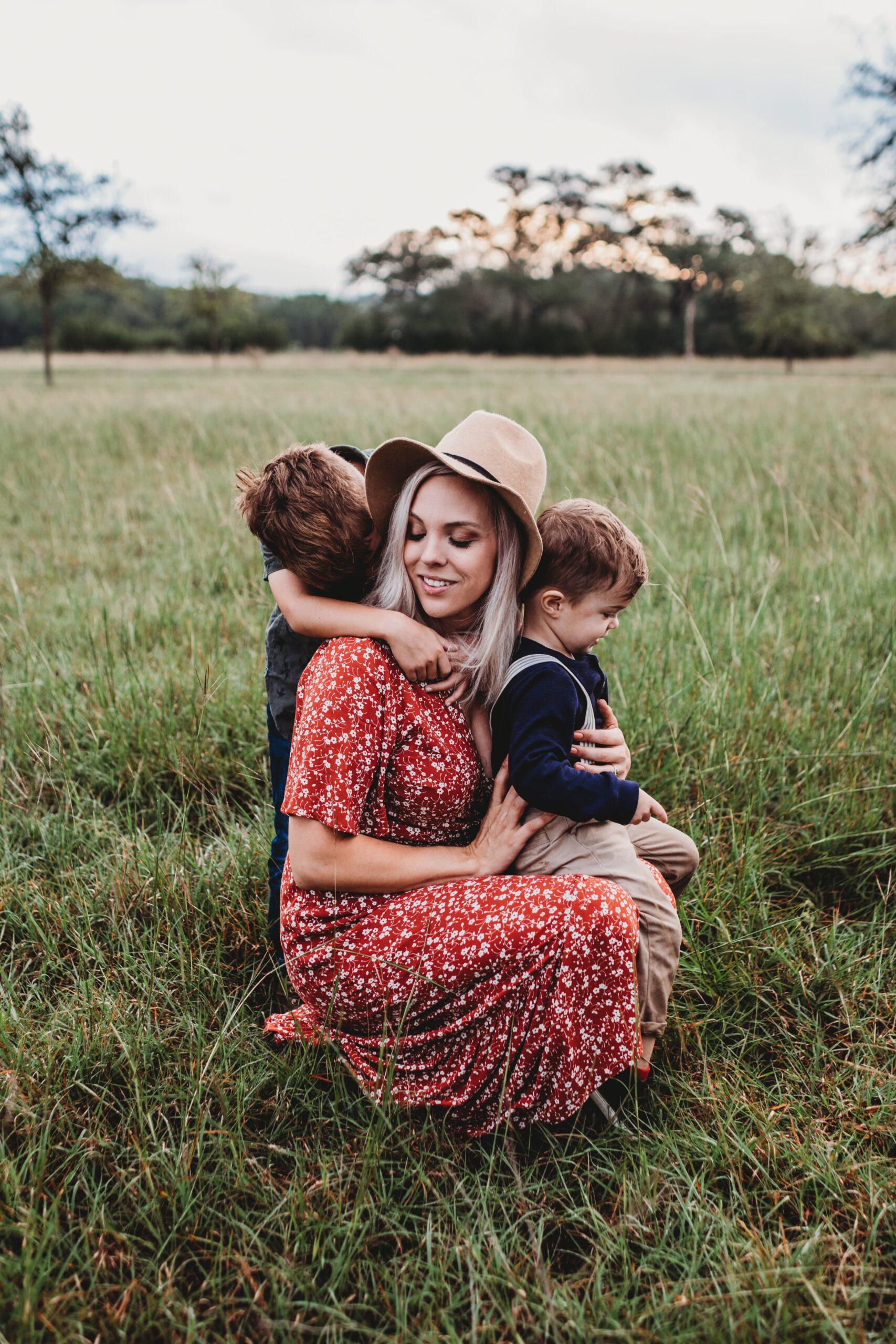 devotional, motherhood, serve, ministry, humility, selflessness, Christlikeness, follow Christ