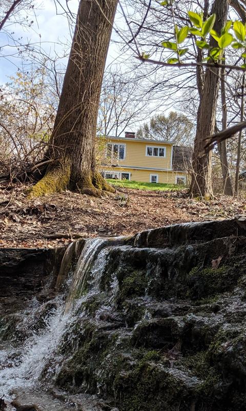 Birthcenter from stream