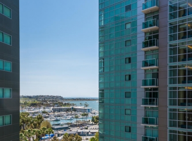 13700 Marina Pointe Dr 1224-large-009-2-View-667x1000-72dpi
