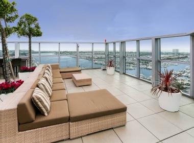 13700_marina_pointe_drive__1105_10_rooftop_deck_B-1541372577