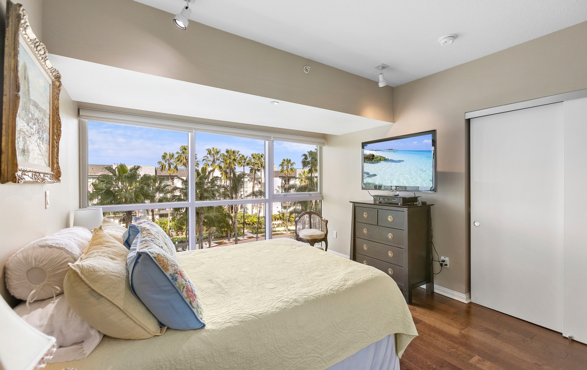 Marina Del Rey High-Rise Luxury Apartment Coastal Living in Silicon Beach Los Angeles California