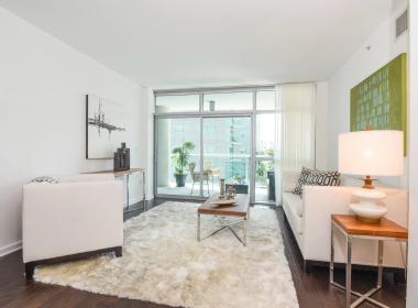 13700 marina Pointe Dr del rey condo for rent Azzura regatta cove high-rise coastal apartment building