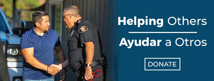 Helping Others   Ayudar a Otros