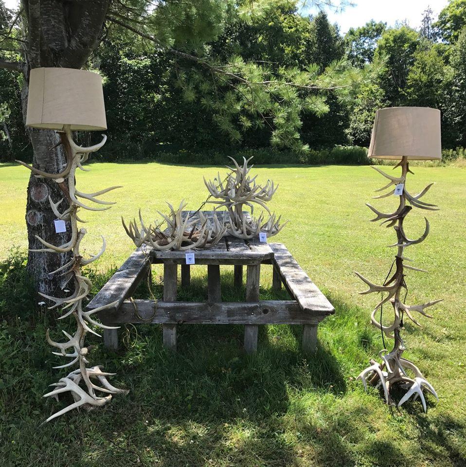 Antler Artistry Floor Lamps/Chandeliers