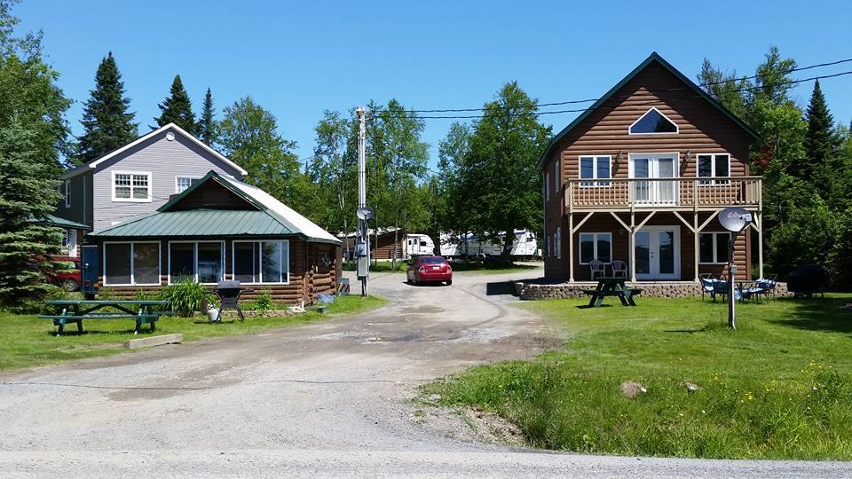Fieldstone Cabins #1 & 2 of 5