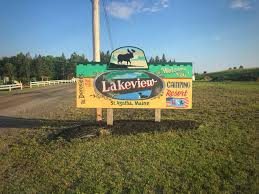 Sign to Lakeview Camping Resort