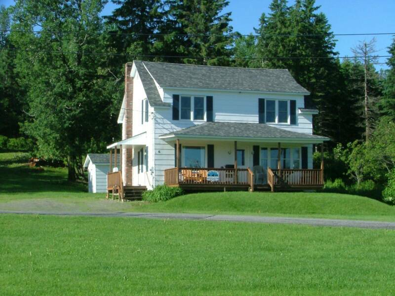 Trailside Vacation Rentals-Summer view