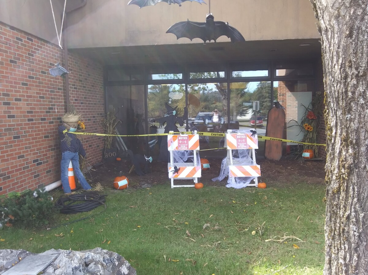 Town of Fort Kent 2020 Scarecrow Festival Decorating Contest Most Creative Winner Pix