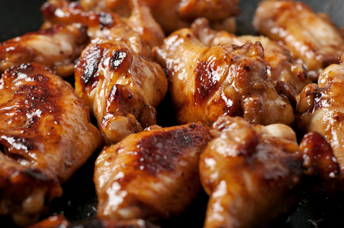 barbecued chicken pieces