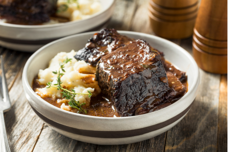 braised beef short ribs with mashed potatoes