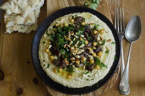 Hummus Ma Lahma
