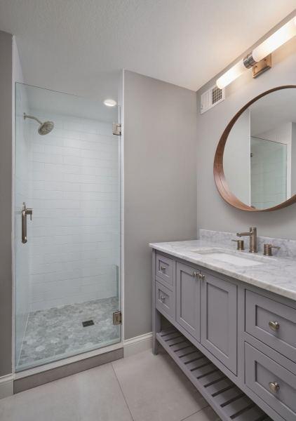 web_northloop_Bathroom
