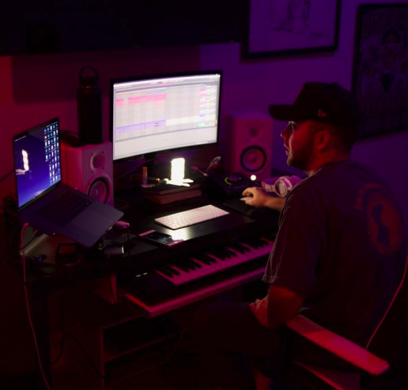 Breaking The Business: Dre Scott Introduces Us To SoundLog