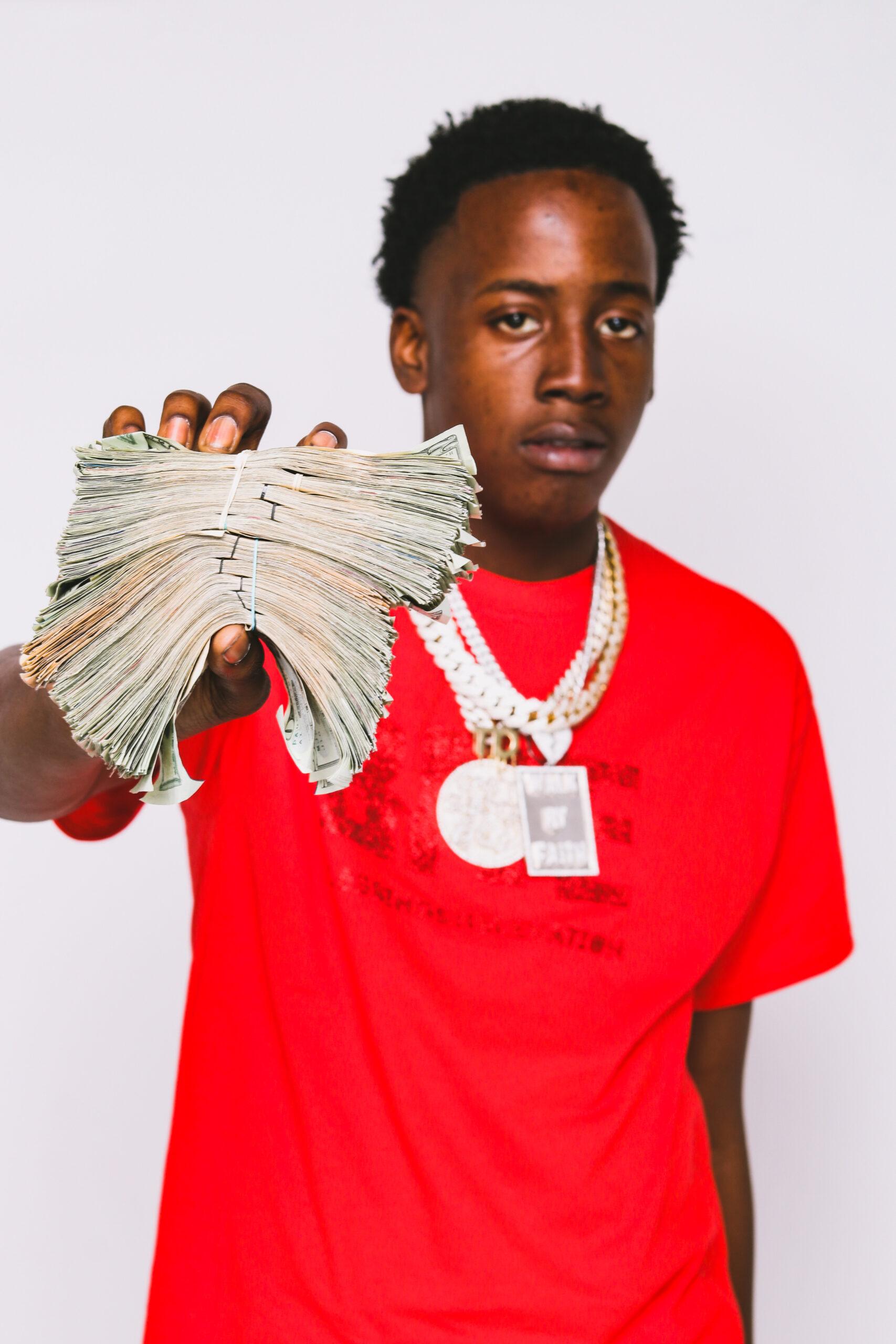 """Upcoming Artist Broke Releases Freshman Single """"Slidin"""""""