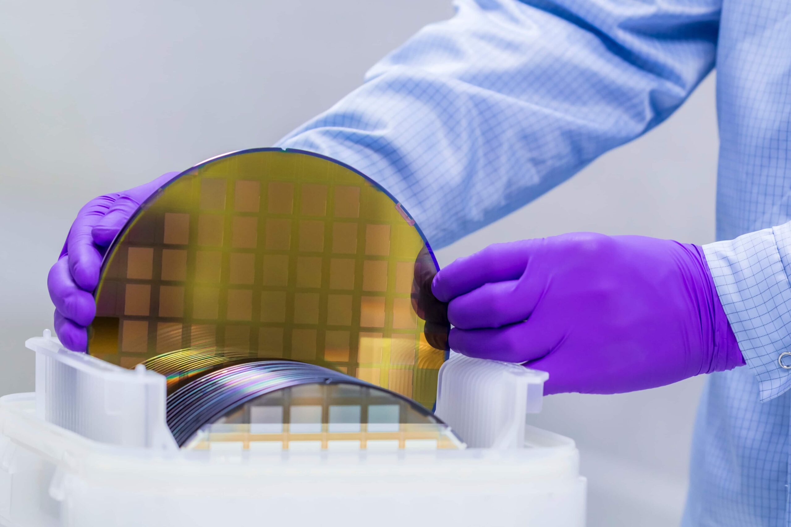 Agile pressure vessel production for the semiconductor industry