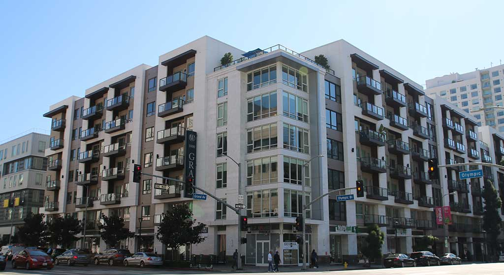 1024 S. Grand Avenue property image.