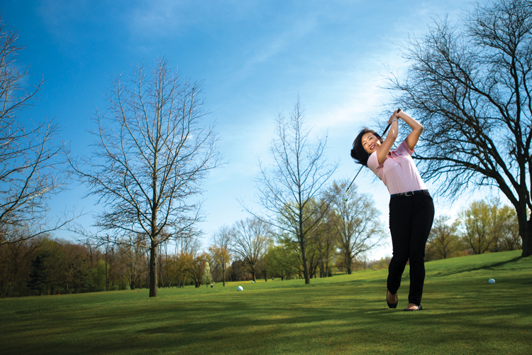 Female golf pro shares her love of the game