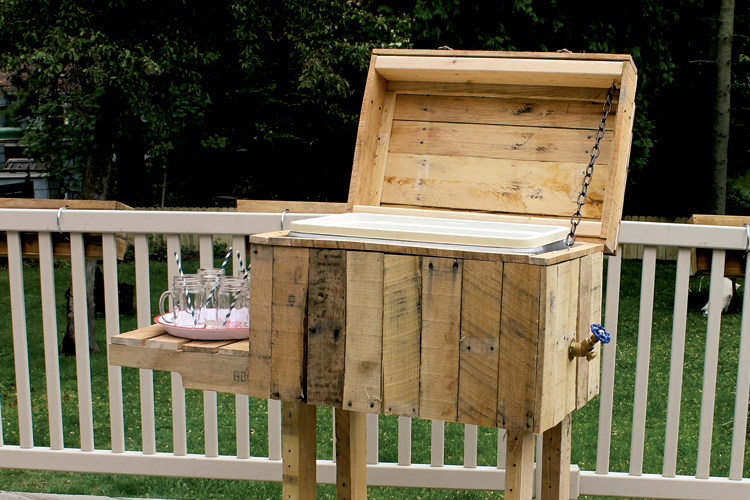 Do-it-yourself patio cooler
