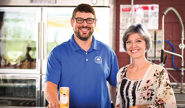 Round Barn Filling Station opens in Coloma