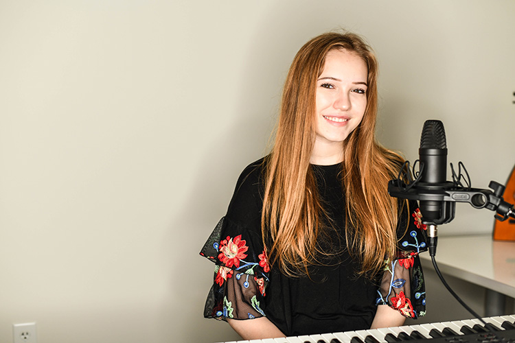 Berrien Springs teen goes viral with song about senior year