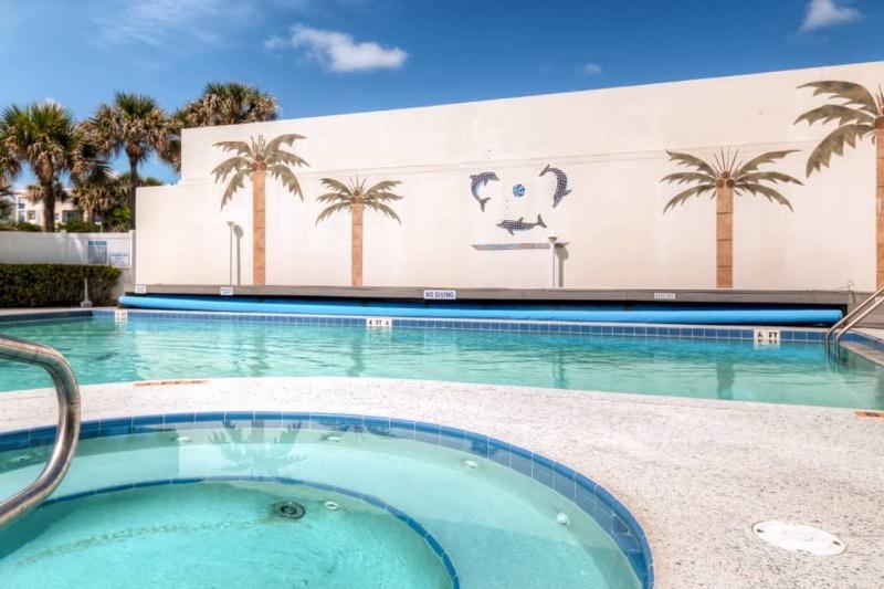 New Smyrna Beach Vacation Condo_Swimming Pool