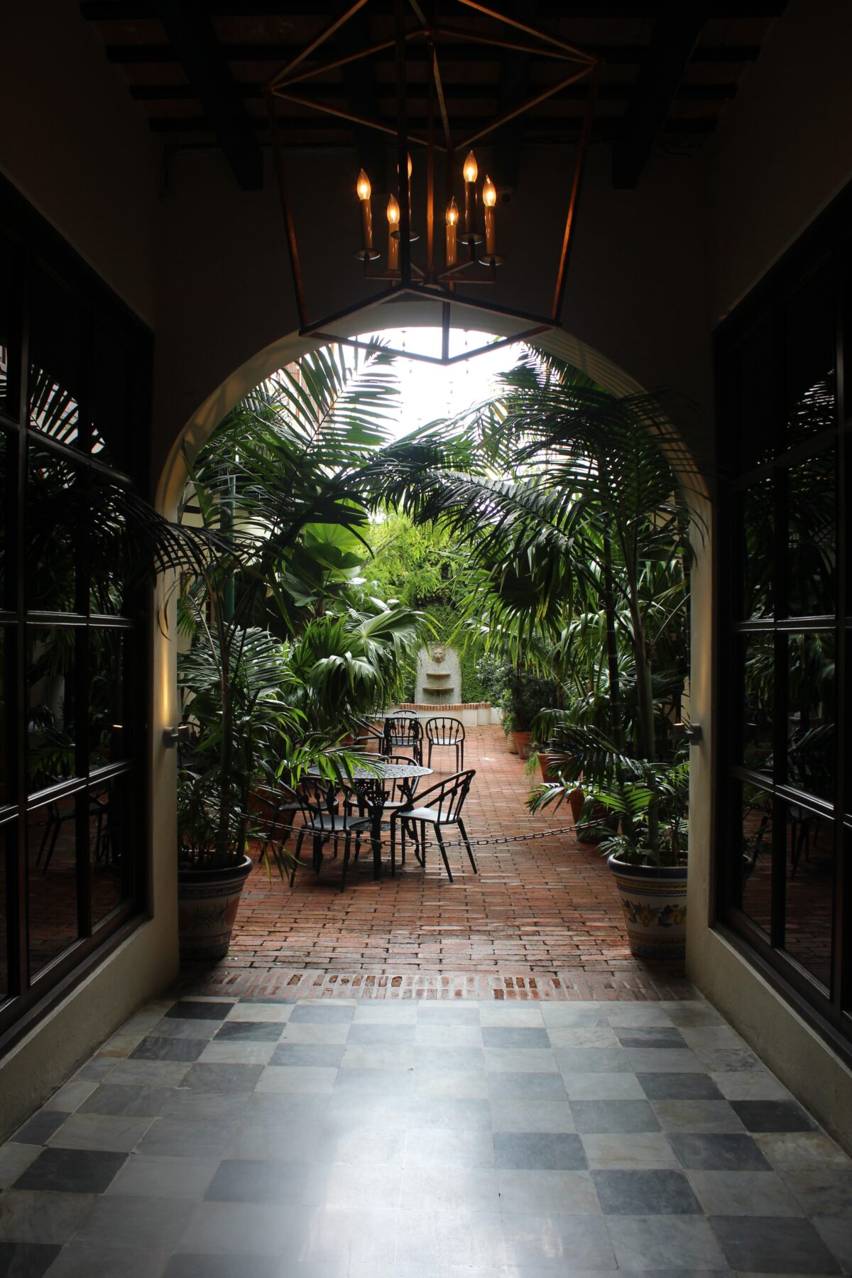 Outdoor Lighting Ideas. Design the perfect outdoor setting.