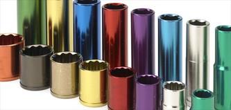 Dye anodised aluminium