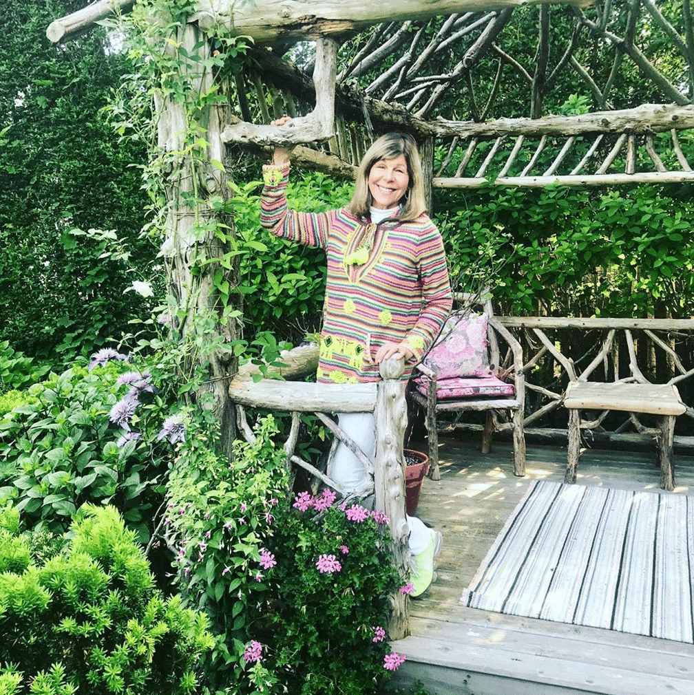 Jamee Gregory in her garden Southampton, how to be a good houseguest.