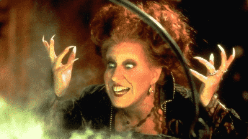 Karen Klopp Weekly Fave 5. Town & Country magazine classic halloween movies to watch.