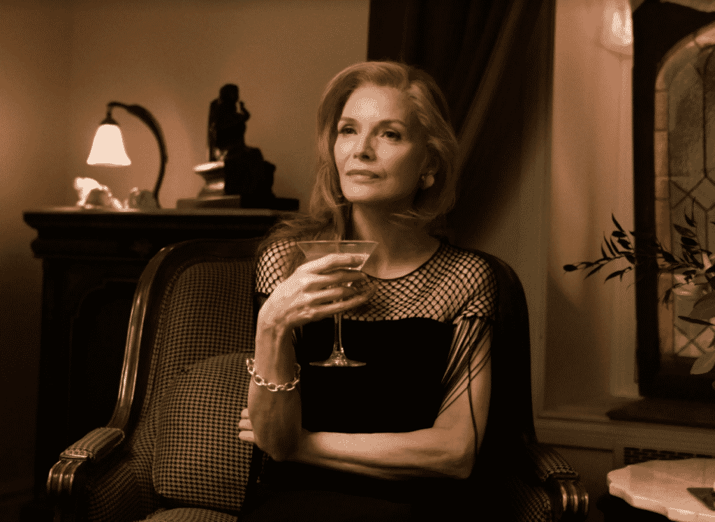 What2wearwhere Karen klopp Weekly Fave 5 Vogue, The story behind Michelle Pfeiffer's Opulent French exit wardrobe.