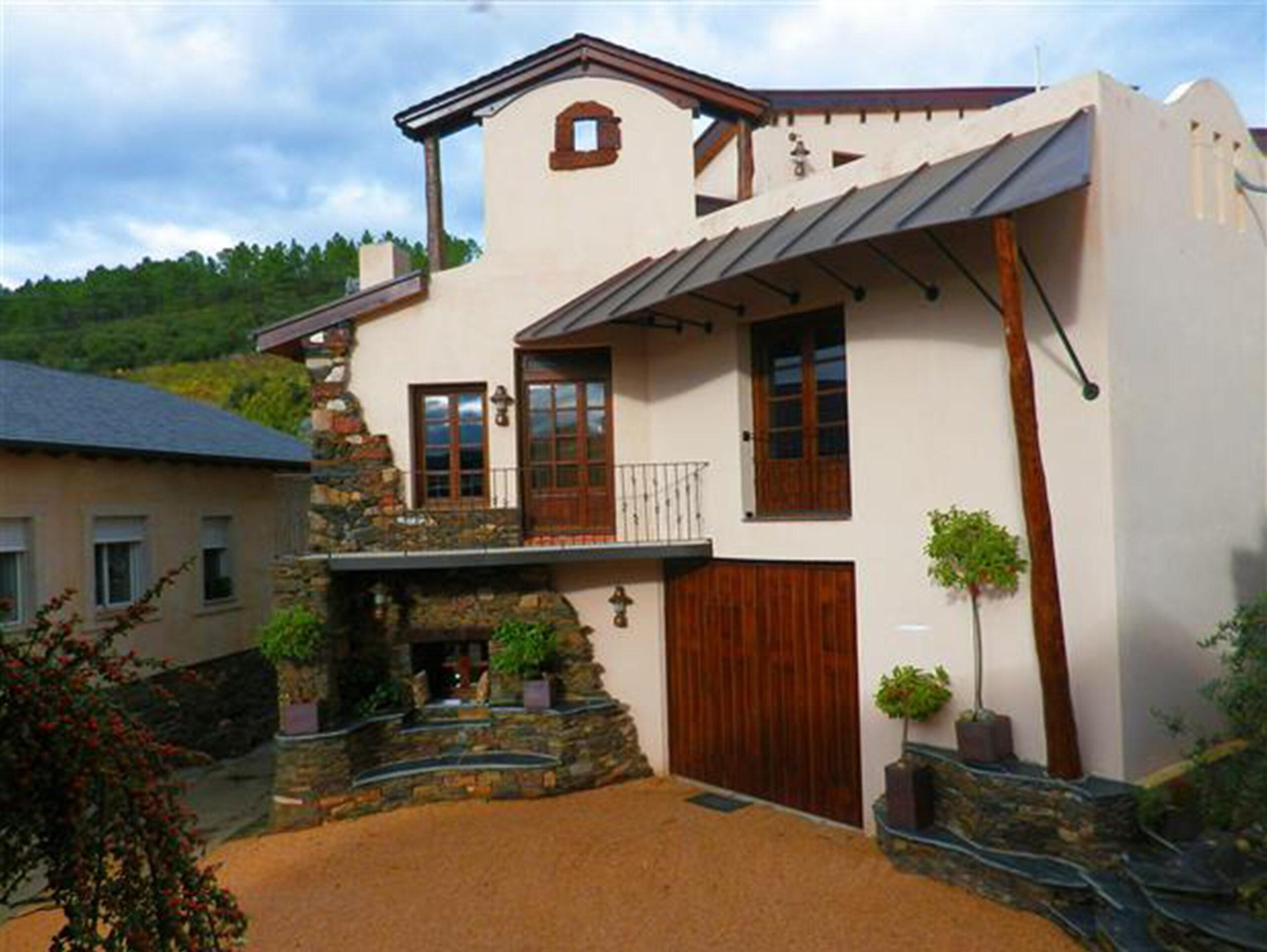 Alvaredos-Hobbs winery